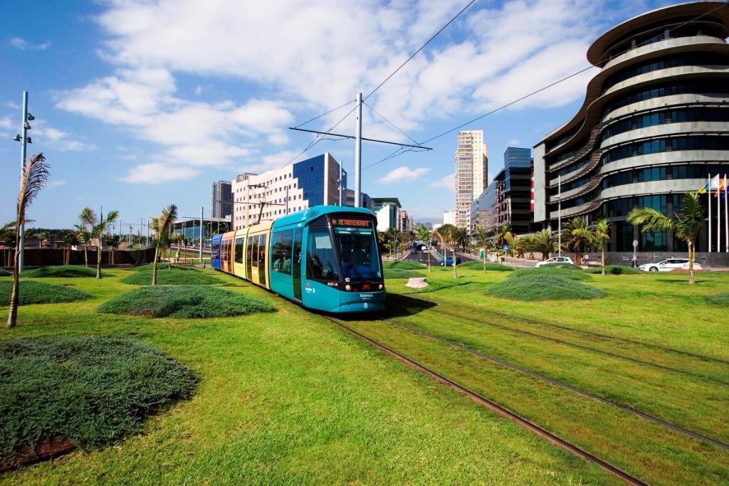 Трамвай Санта-Крус-де-Тенерифе — Ла-Лагуна