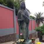 Статуя Марии де Леон Белло-и-Дельгадо в Эль-Саусаль