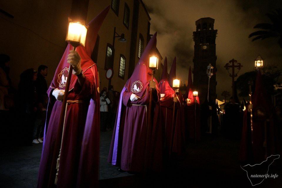 «Безмолвное шествие» (Procesión del Silencio) в Ла-Лагуне, Тенерифе