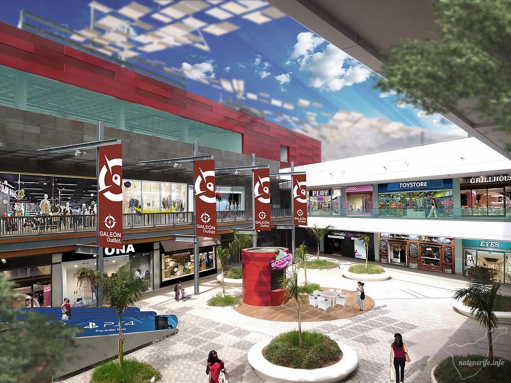 Торговый центр Galeón Outlet в Адехе
