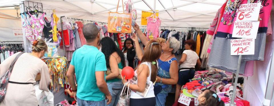 Ярмарка-распродажа в Адехе (IX Feria del Saldo Adeje)