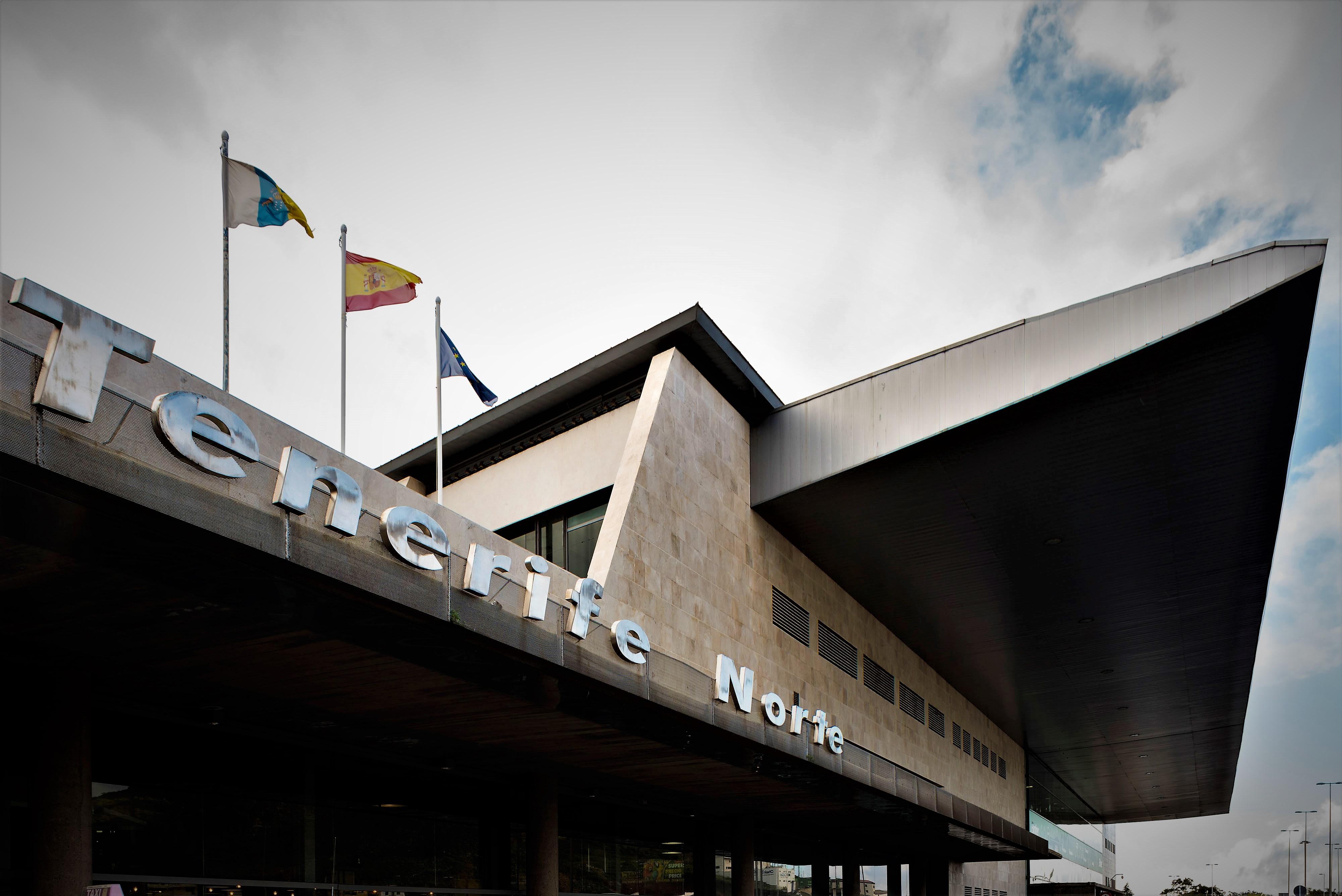 Aeropuerto de Tenerife Norte Los Rodeos (Северный аэропорт Тенерифе Лос-Родеос)