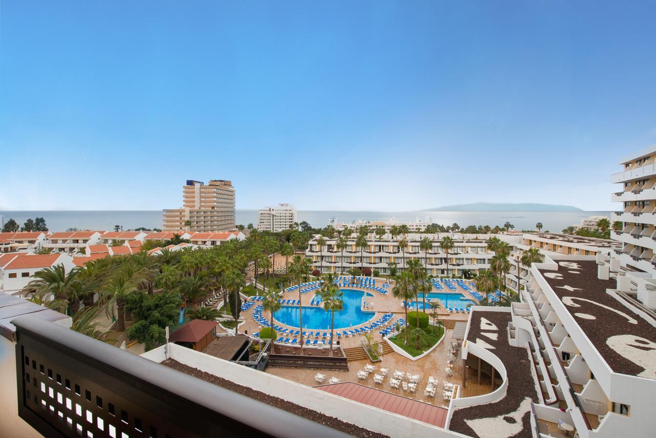 Вид на океан из отеля Iberostar Las Dalias
